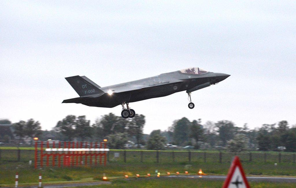 23-05-2016 Aankomst van de F-35's in Leeuwarden